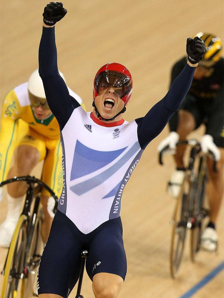 Sir Chris Hoy has criticised the limit of one place per country in the men's sprint